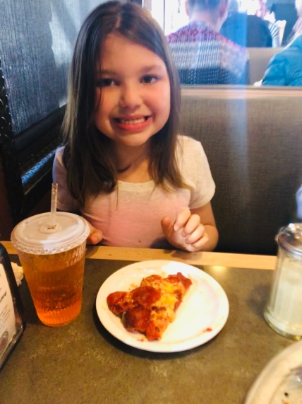 While out Looking for a sweet place we celebrated National Pizza Day @ Toppers Pizza